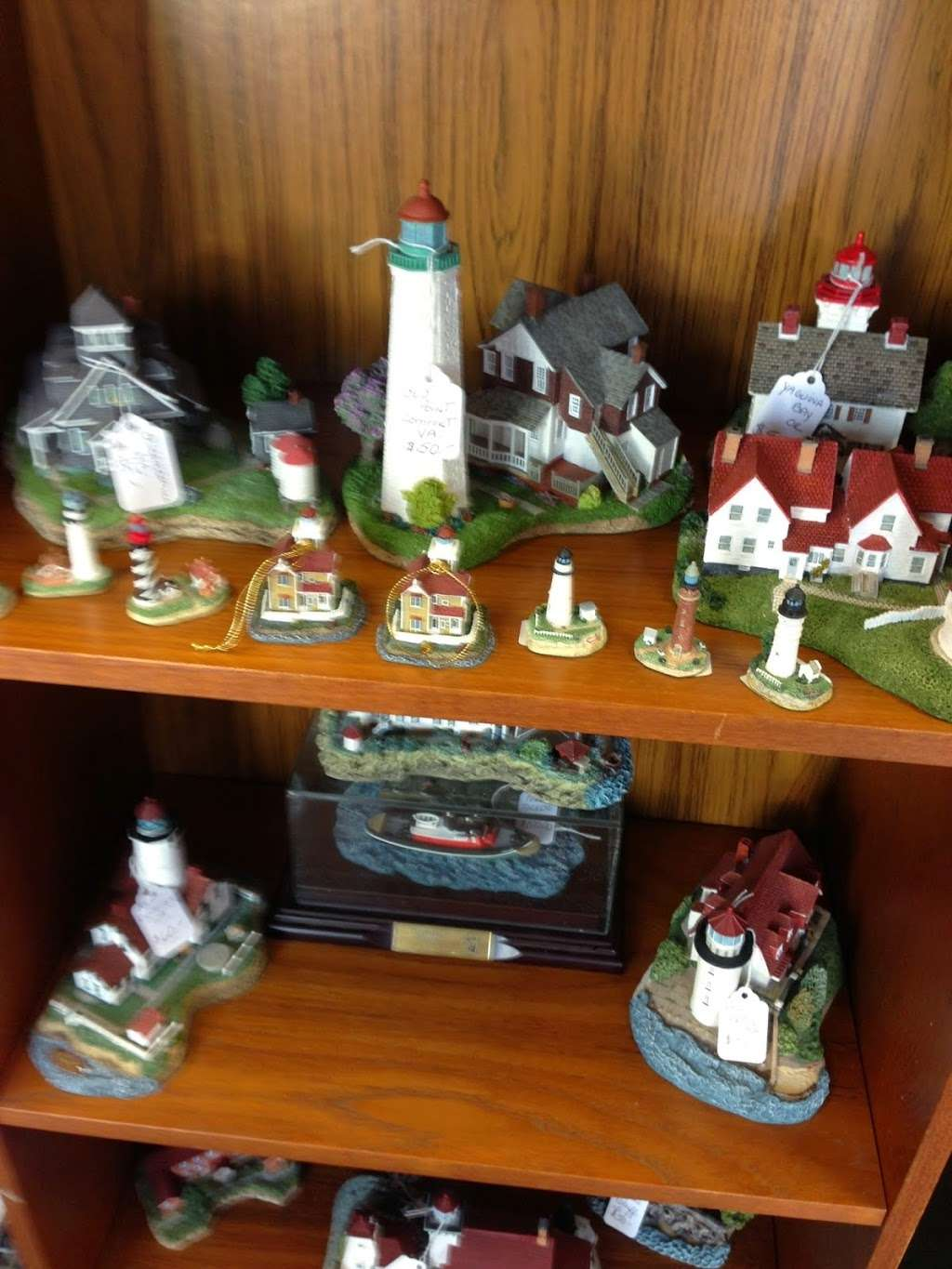The Sands of Time - home goods store    Photo 10 of 10   Address: 18388 Coastal Hwy #6, Lewes, DE 19958, USA   Phone: (302) 858-2004