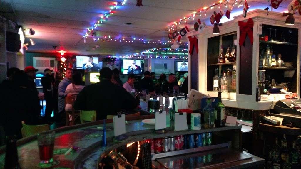 Pauls Bar & Bowling - bowling alley  | Photo 1 of 10 | Address: 377 Crooks Ave, Paterson, NJ 07503, USA | Phone: (973) 278-1982