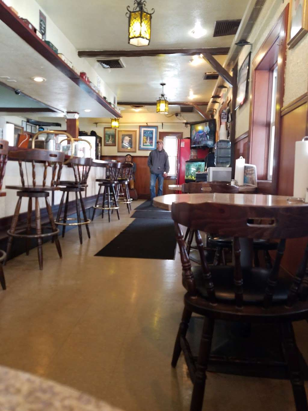 Famous Pizza - restaurant  | Photo 1 of 10 | Address: 92 Hartford Pike, North Scituate, RI 02857, USA | Phone: (401) 934-0278