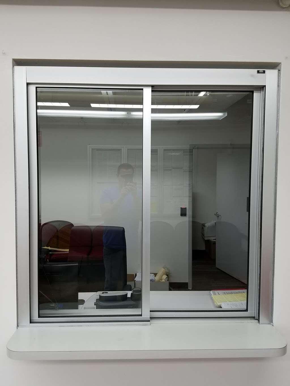 Florian Glass Service, Inc. - store  | Photo 6 of 10 | Address: 3800 32nd St, Union City, NJ 07087, USA | Phone: (201) 863-4770