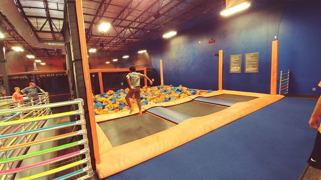 Sky Zone Trampoline Park - amusement park  | Photo 4 of 10 | Address: 1572-A, Highwoods Blvd, Greensboro, NC 27410, USA | Phone: (336) 550-1800