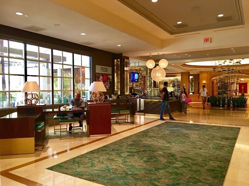 PRESS - night club  | Photo 4 of 8 | Address: 3950 S Las Vegas Blvd, Las Vegas, NV 89109, USA | Phone: (702) 632-5000
