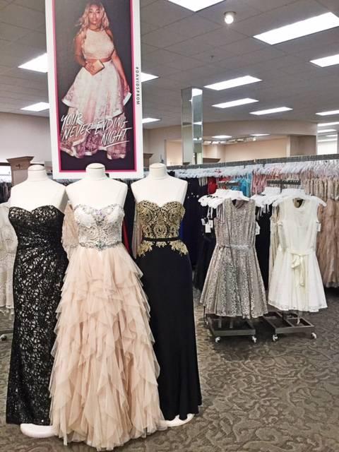 David's Bridal - shoe store  | Photo 4 of 9 | Address: 980 Camino De La Reina Suite A, San Diego, CA 92108, USA | Phone: (619) 220-8008
