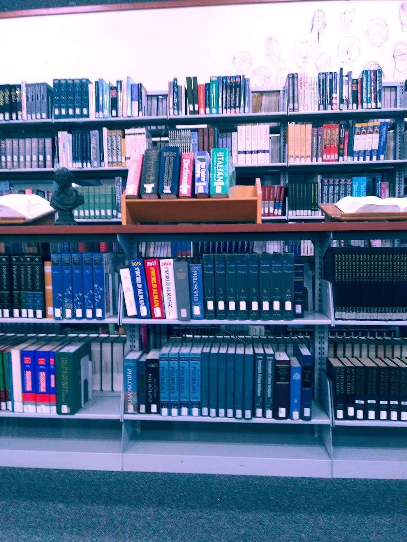 Cabrillo College Library - library  | Photo 3 of 3 | Address: 1000 Cabrillo College Dr, Aptos, CA 95003, USA | Phone: (831) 479-6473