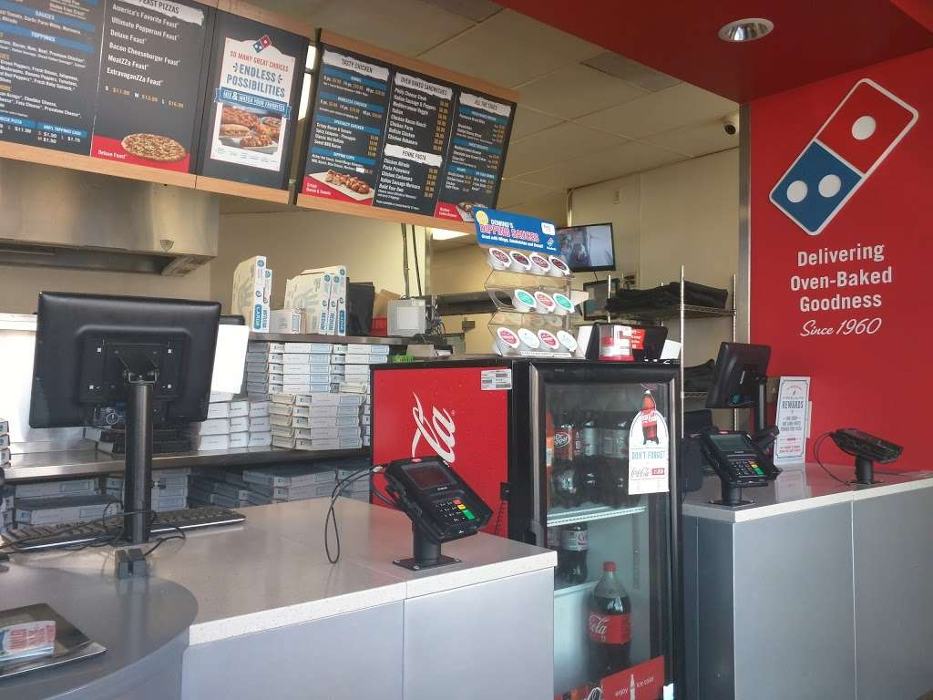 Dominos Pizza - meal delivery  | Photo 2 of 10 | Address: 1285 S Garey Ave, Pomona, CA 91766, USA | Phone: (909) 622-0229