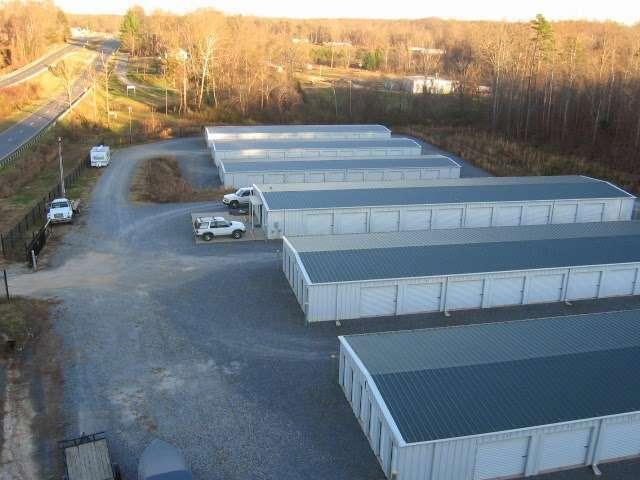 Grannys Self Storage - storage    Photo 4 of 7   Address: 4335 Kings Mountain Hwy, Bessemer City, NC 28016, USA   Phone: (704) 445-3814