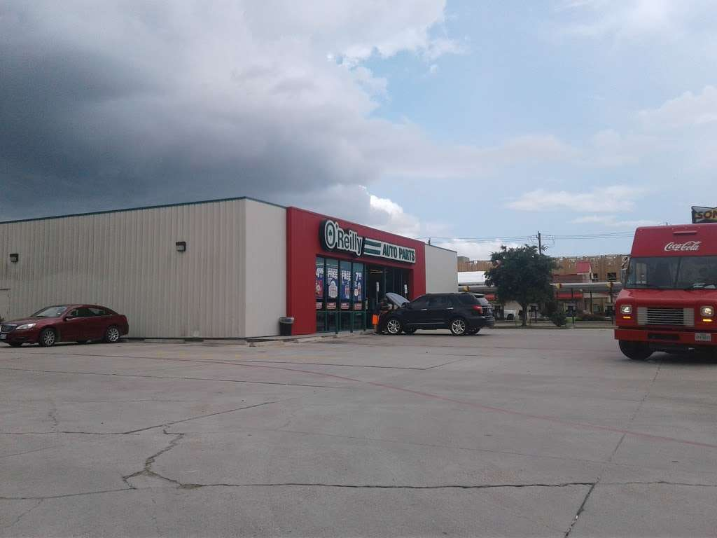 OReilly Auto Parts - electronics store  | Photo 5 of 10 | Address: 7416 Garth Rd, Baytown, TX 77521, USA | Phone: (281) 421-2725