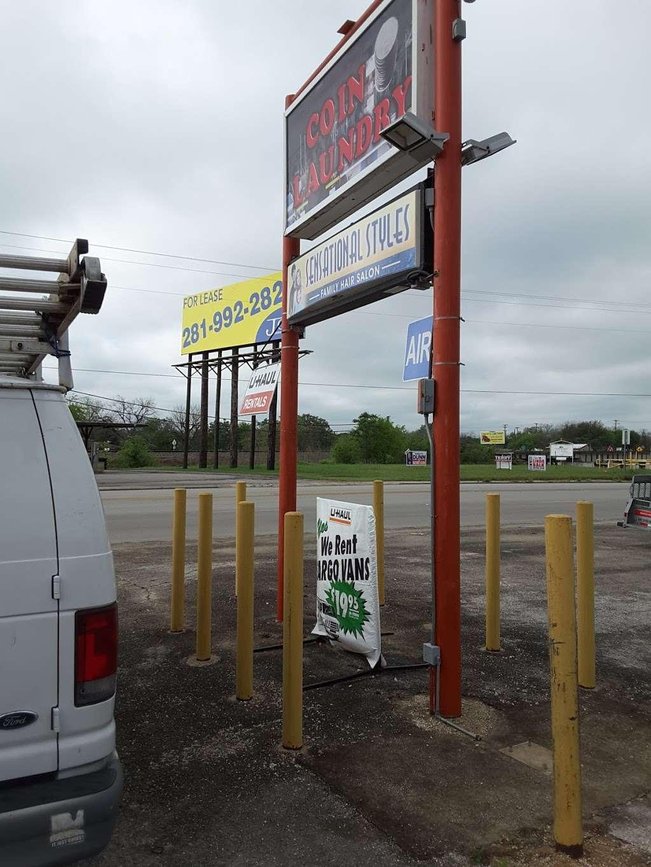 Highlander Center - laundry  | Photo 8 of 9 | Address: 405 Main St #403, Schertz, TX 78154, USA | Phone: (210) 659-7608