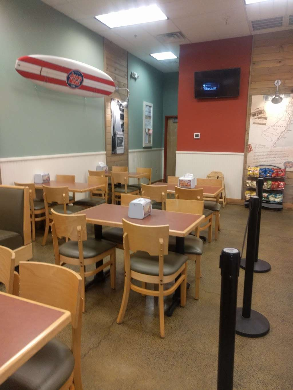 Jersey Mikes Subs - meal takeaway  | Photo 6 of 10 | Address: 3578 PA-611 #260, Bartonsville, PA 18321, USA | Phone: (570) 421-2800