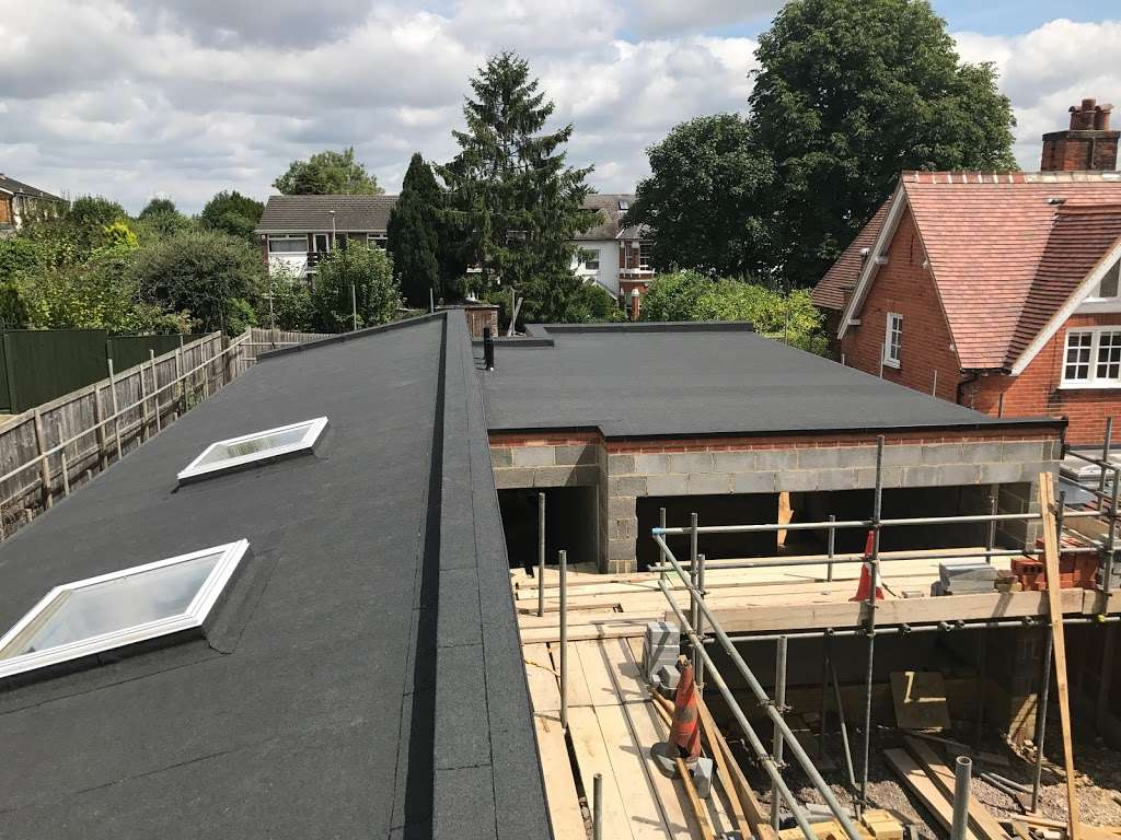 CLS Roofing Specialists - roofing contractor  | Photo 4 of 10 | Address: The Oaks Wellpond Green Standon, Ware SG11 1NN, UK | Phone: 01279 842931