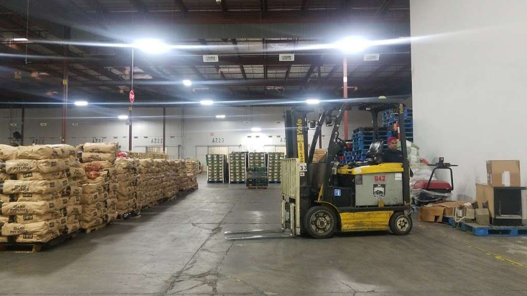 El Super Distribution Center - bakery    Photo 3 of 10   Address: 1950 S Sterling Ave, Ontario, CA 91761, USA   Phone: (909) 635-3630