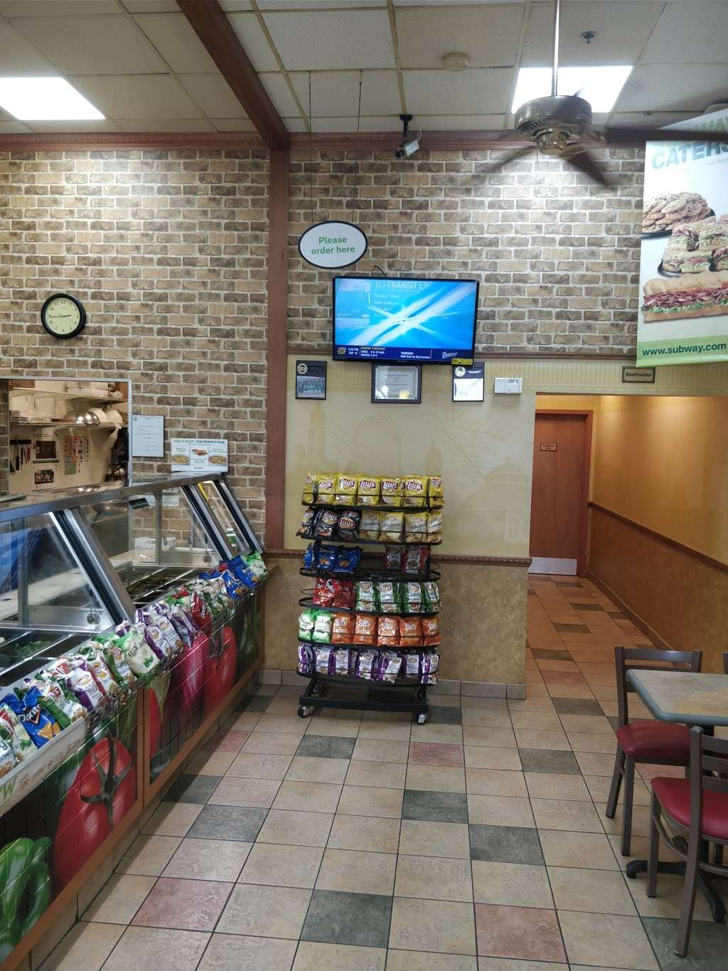 Subway Restaurants - restaurant  | Photo 1 of 8 | Address: 2010 John Fitzgerald Kennedy Blvd, Union City, NJ 07087, USA | Phone: (201) 325-0060