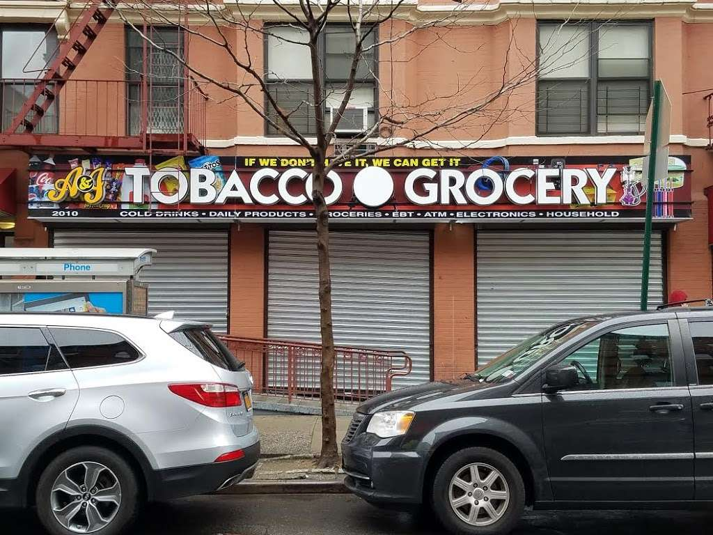 NY Signs Factory - electrician  | Photo 6 of 10 | Address: 1507 B Bronxdale Ave, The Bronx, NY 10462, USA | Phone: (929) 777-9900
