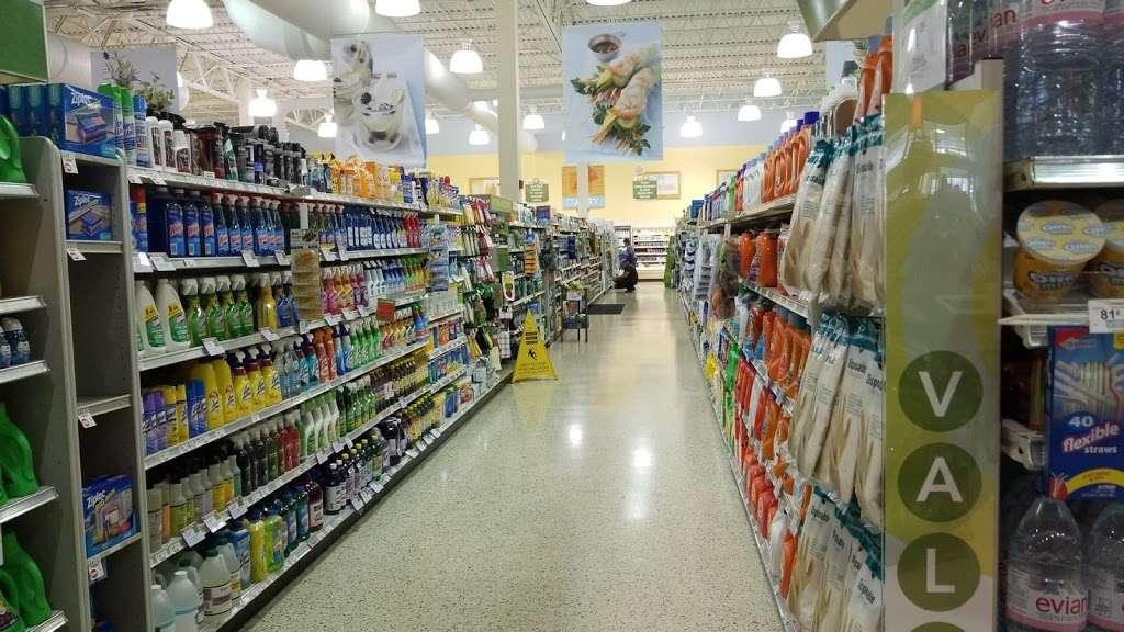 Publix Pharmacy at Weston Lakes Plaza - pharmacy    Photo 10 of 10   Address: 294 Indian Trace, Weston, FL 33326, USA   Phone: (954) 384-4196
