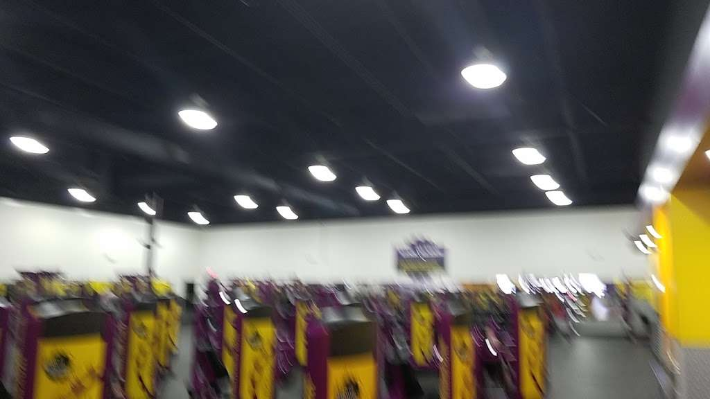 Planet Fitness - gym  | Photo 3 of 7 | Address: 10215 University City Blvd B, Charlotte, NC 28213, USA | Phone: (980) 337-4368