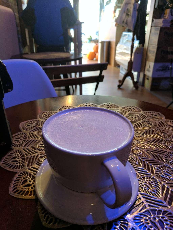 Blue Cups - cafe  | Photo 10 of 10 | Address: 38-4 61st St, Woodside, NY 11377, USA | Phone: (917) 832-6940