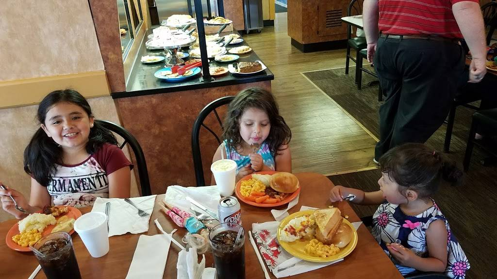 Ponderosa - restaurant  | Photo 7 of 8 | Address: 3875 S High St, Columbus, OH 43207, USA | Phone: (614) 491-7552