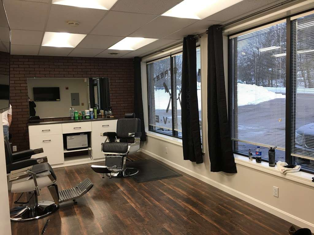 Main Street Shave - hair care  | Photo 2 of 10 | Address: 194 Main St, Norfolk, MA 02056, USA | Phone: (774) 248-5558