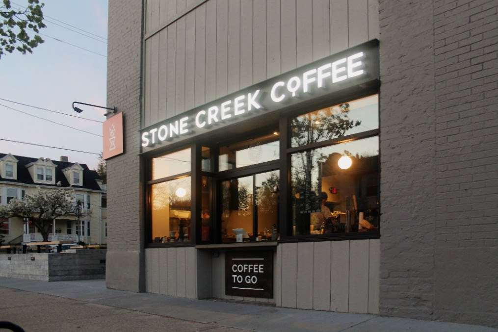 Stone Creek Coffee - Downer Cafe & Kitchen - cafe  | Photo 3 of 10 | Address: 2650 N Downer Ave, Milwaukee, WI 53211, USA | Phone: (414) 210-3686