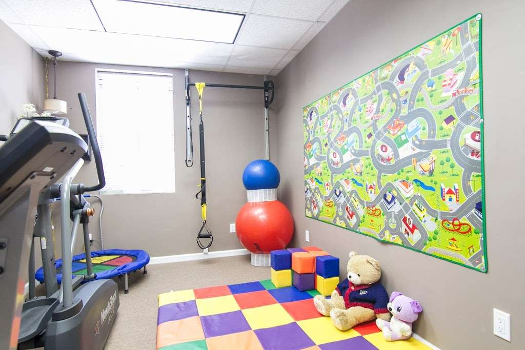 Caroline Konnoth Physical Therapy - physiotherapist  | Photo 3 of 10 | Address: 149-65 24th Ave Upper Level, Whitestone, NY 11357, USA | Phone: (718) 359-1006