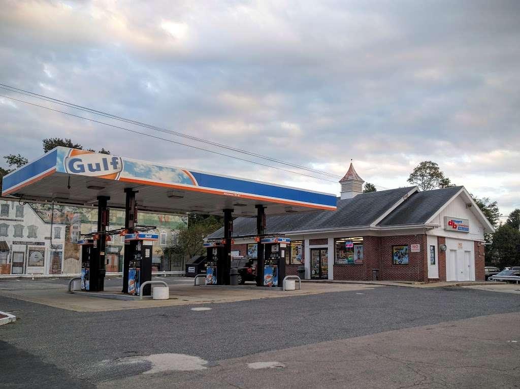 Gulf Oil - gas station    Photo 1 of 1   Address: 2 Summer Street, Franklin, MA 02038, USA   Phone: (508) 270-4110