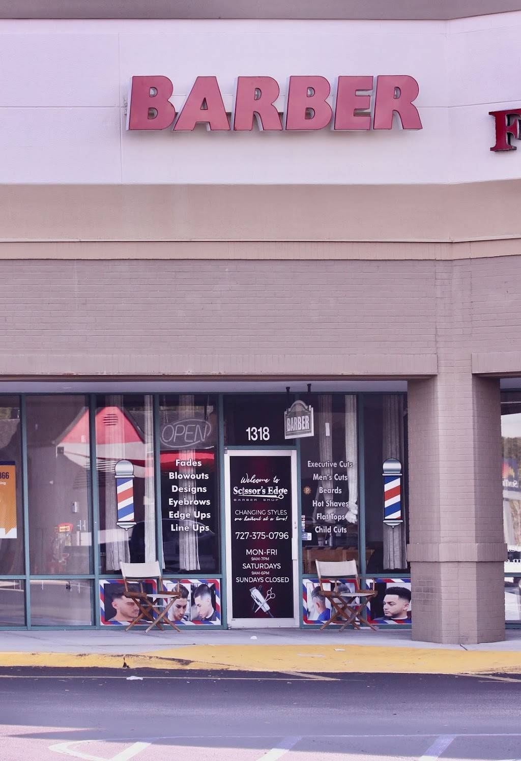 Scissors Edge Barber shop - hair care  | Photo 4 of 8 | Address: 1318 Seven Springs Blvd, New Port Richey, FL 34655, USA | Phone: (727) 375-0796