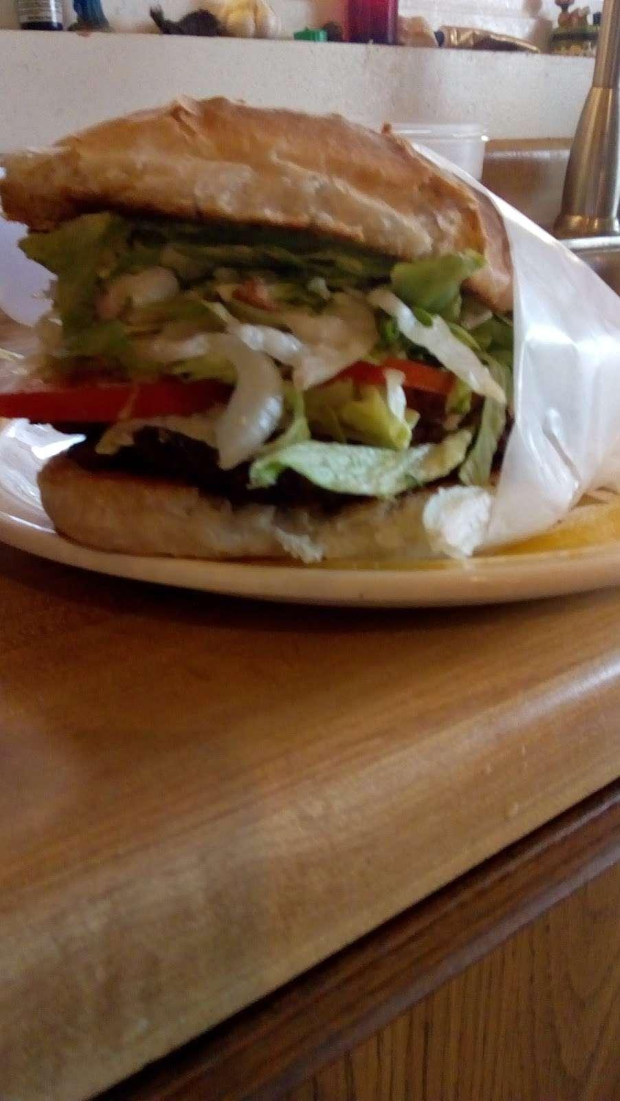 Tortas Juniors - restaurant    Photo 7 of 18   Address: Atenas #3751, Playas, Costa Azul, 22506 Tijuana, B.C., Mexico   Phone: 664 558 1585