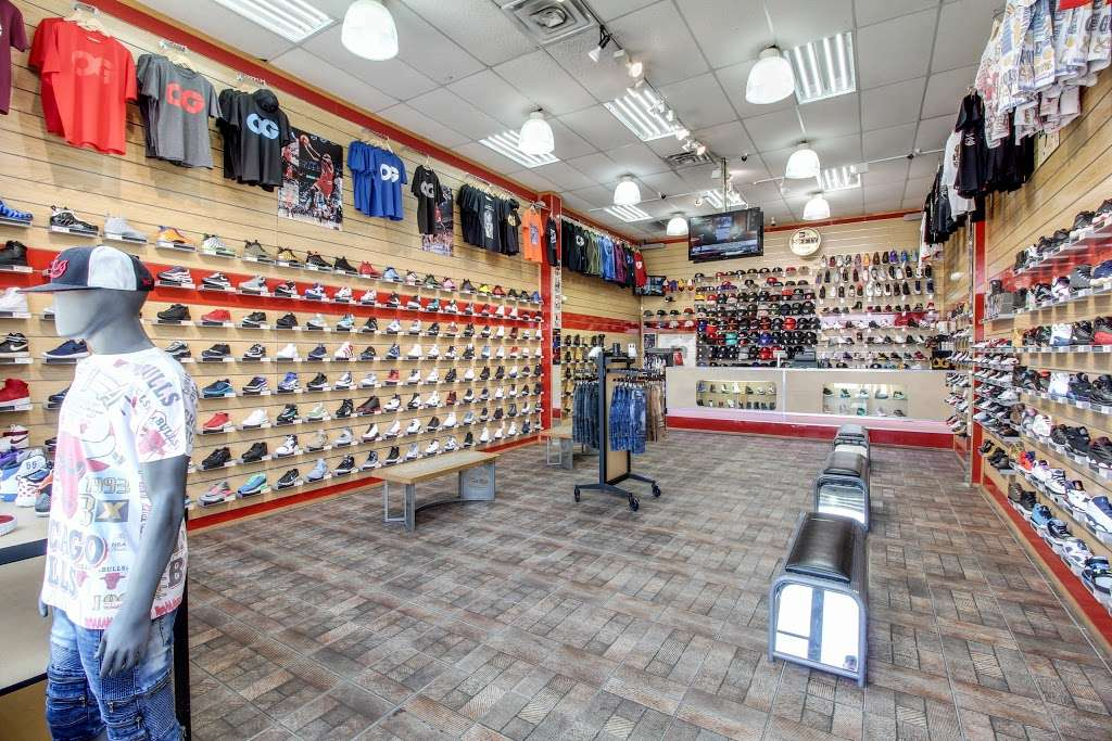 FCS SNEAKERS - clothing store  | Photo 4 of 10 | Address: 252-18 Rockaway Blvd, Rosedale, NY 11422, USA | Phone: (718) 470-2055
