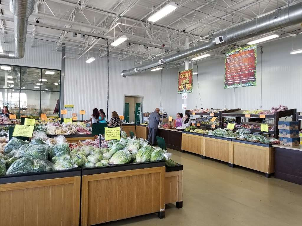 Produce Junction - store  | Photo 4 of 10 | Address: 1350 N Dupont Hwy, Dover, DE 19901, USA | Phone: (302) 674-3080