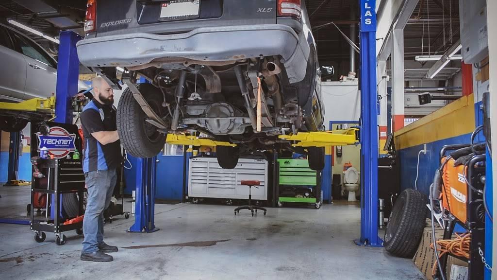 Carmedix - car repair  | Photo 4 of 10 | Address: 2105 NC-54 Unit L, Durham, NC 27713, USA | Phone: (984) 888-0791