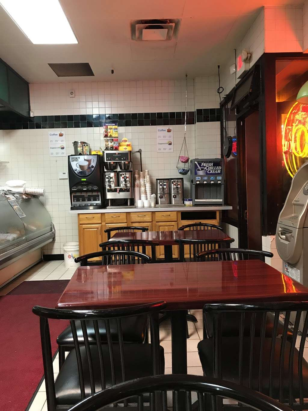 Goldbergs Bagels & Deli - bakery  | Photo 9 of 10 | Address: 777 Central Park Ave, Yonkers, NY 10704, USA | Phone: (914) 964-9224