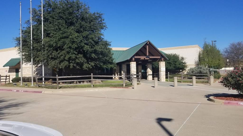 Fort Worth Public Library - Summerglen - library  | Photo 1 of 9 | Address: 4205 Basswood Blvd, Fort Worth, TX 76137, USA | Phone: (817) 392-5970
