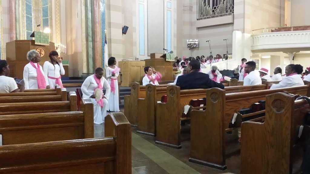 Salem United Methodist Church - church  | Photo 2 of 10 | Address: 2190 Adam Clayton Powell Jr Blvd, New York, NY 10027, USA | Phone: (212) 678-2700