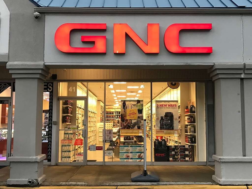 GNC - store  | Photo 2 of 10 | Address: 725 River Rd, Edgewater, NJ 07020, USA | Phone: (201) 941-5430