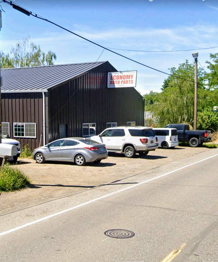 Economy Auto Parts - car dealer  | Photo 1 of 8 | Address: 6909 NE 47th Ave, Portland, OR 97218, USA | Phone: (503) 282-9067
