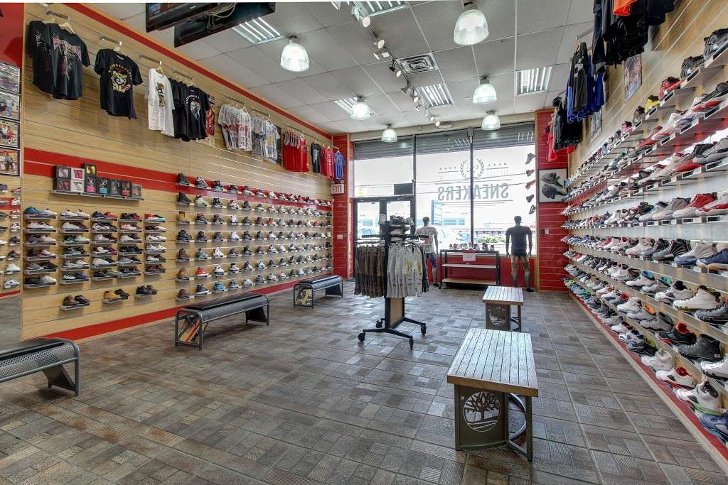 FCS SNEAKERS - clothing store  | Photo 7 of 10 | Address: 252-18 Rockaway Blvd, Rosedale, NY 11422, USA | Phone: (718) 470-2055