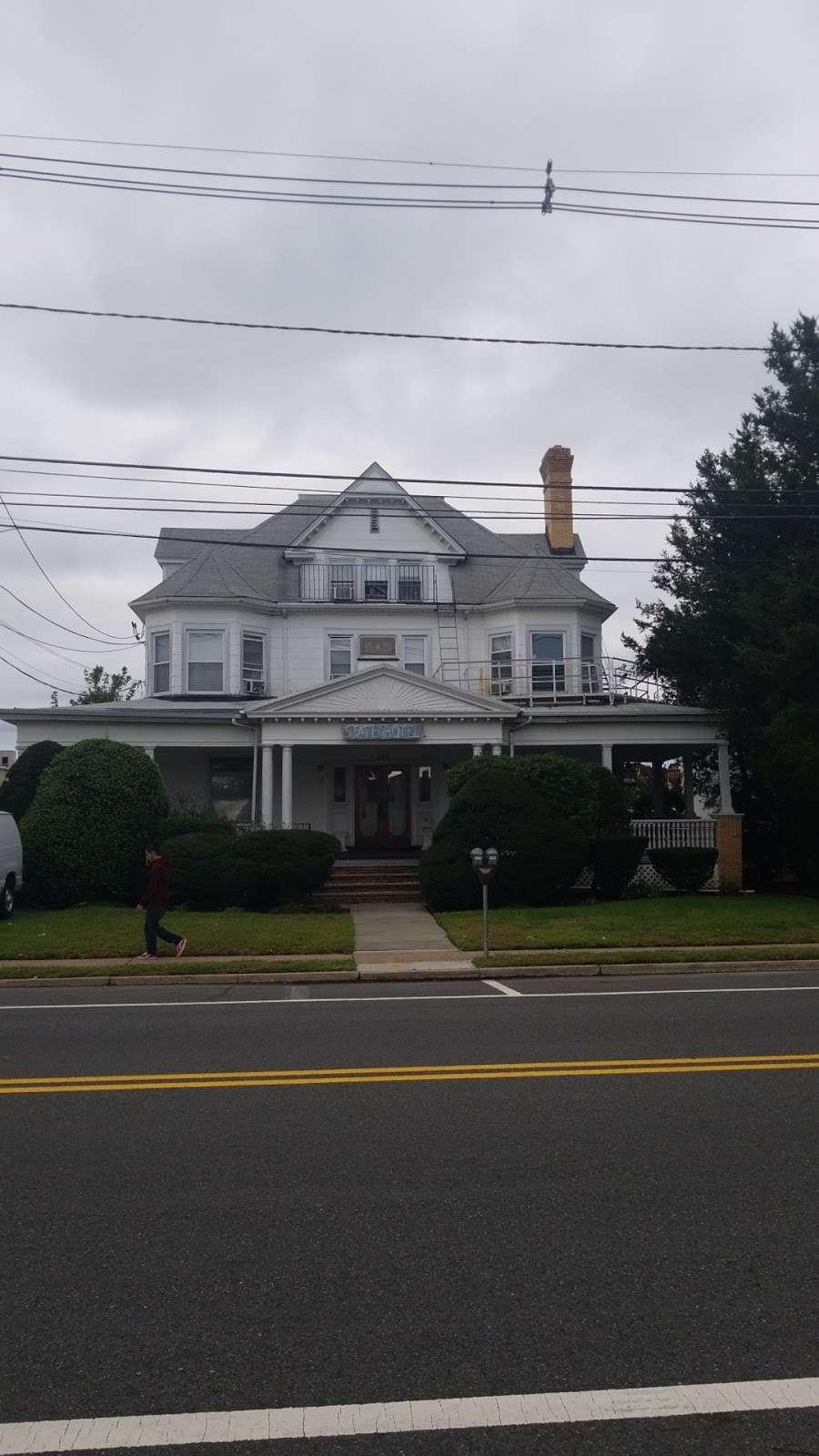 State Hotel - lodging  | Photo 2 of 2 | Address: 288 State St, Hackensack, NJ 07601, USA | Phone: (201) 343-4615