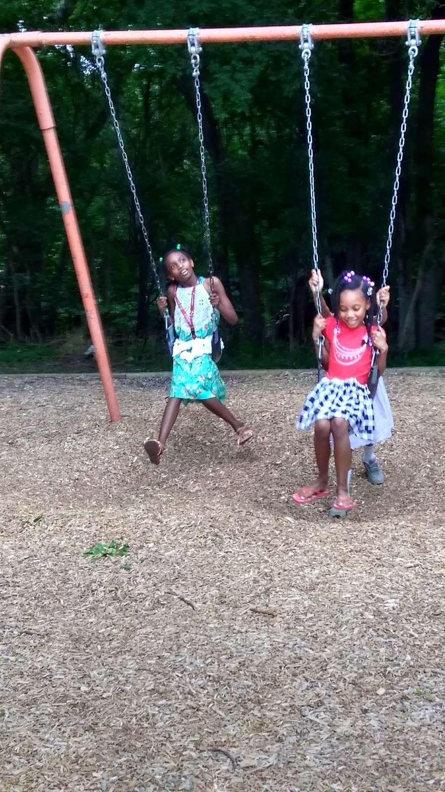Riverview Recreation Center - park  | Photo 9 of 10 | Address: Fort Washington, MD 20744, USA