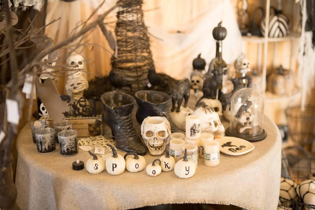 Mother Natures Farm - clothing store    Photo 9 of 10   Address: 1663 E Baseline Rd, Gilbert, AZ 85233, USA   Phone: (480) 892-5874