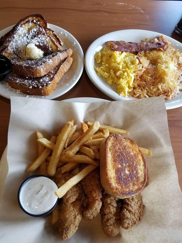 Loaded Cafe Restaurants Bellflower - cafe  | Photo 7 of 10 | Address: 15700 Bellflower Blvd, Bellflower, CA 90706, USA | Phone: (562) 210-5467