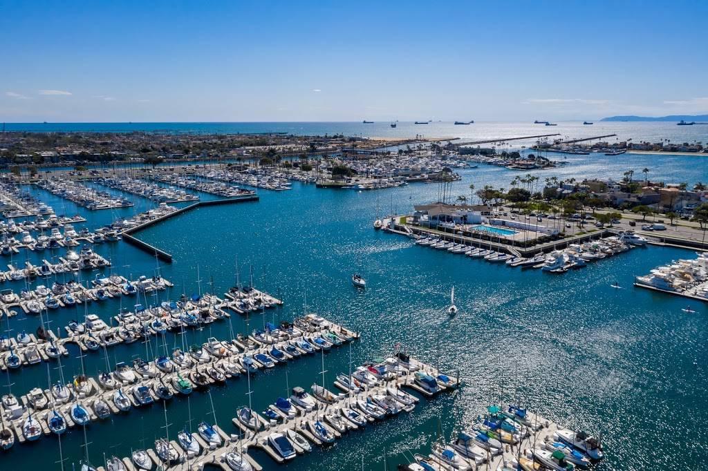 Luxury Real Estate - real estate agency  | Photo 3 of 10 | Address: 208 Marine Ave, Newport Beach, CA 92662, USA | Phone: (949) 607-8122