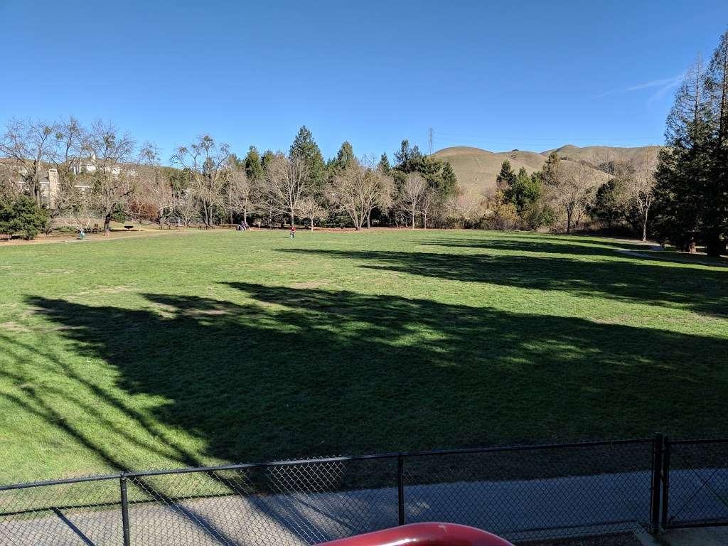 Rancho Laguna Park - park  | Photo 7 of 10 | Address: 2101 Camino Pablo, Moraga, CA 94556, USA | Phone: (925) 376-2520