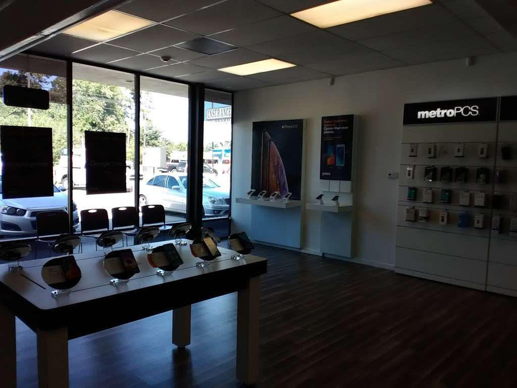 Metro by T-Mobile - Electronics store | 4562 FM 1960, Humble