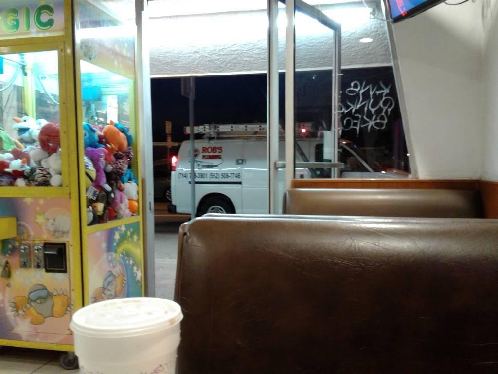 Jolly Boy Burgers - restaurant  | Photo 7 of 7 | Address: 2041, 6832 E Gage Ave, Bell Gardens, CA 90201, USA | Phone: (562) 927-1658