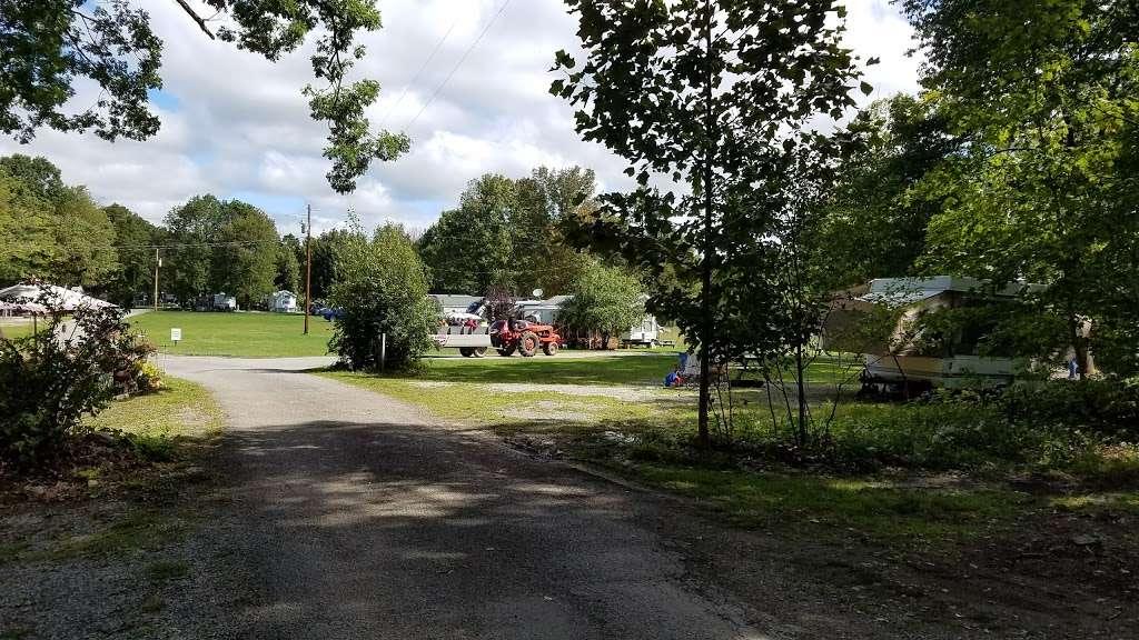 Pleasant Acres Farm Campground - campground  | Photo 1 of 10 | Address: 61 Dewitt Rd, Sussex, NJ 07461, USA | Phone: (973) 875-4166