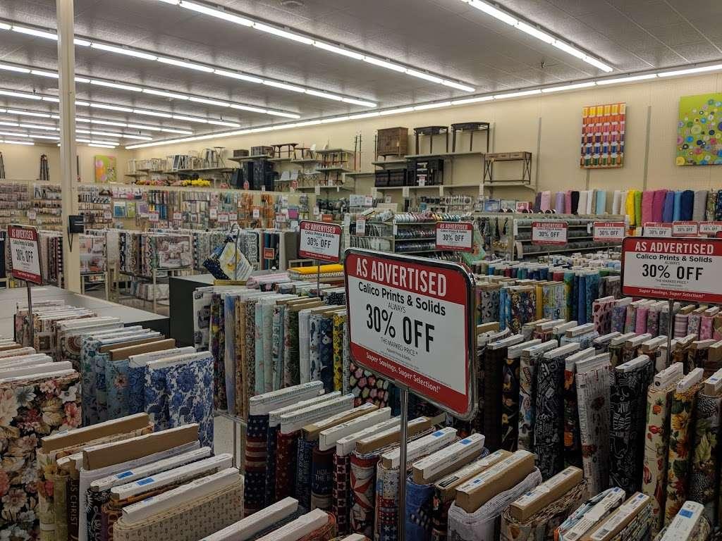Hobby Lobby - home goods store  | Photo 5 of 10 | Address: 1966 Prairie Center Pkwy, Brighton, CO 80601, USA | Phone: (303) 659-1000
