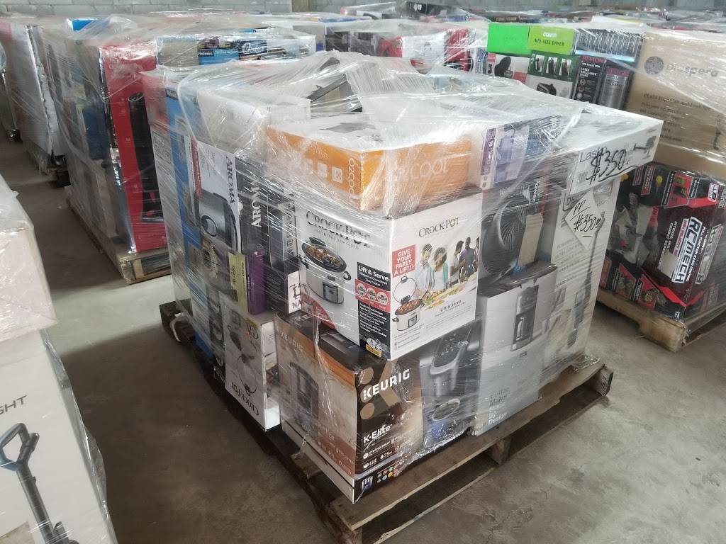 Patron Discount - store  | Photo 4 of 8 | Address: 7414 TX-359 E, Laredo, TX 78043, USA | Phone: (956) 441-8861