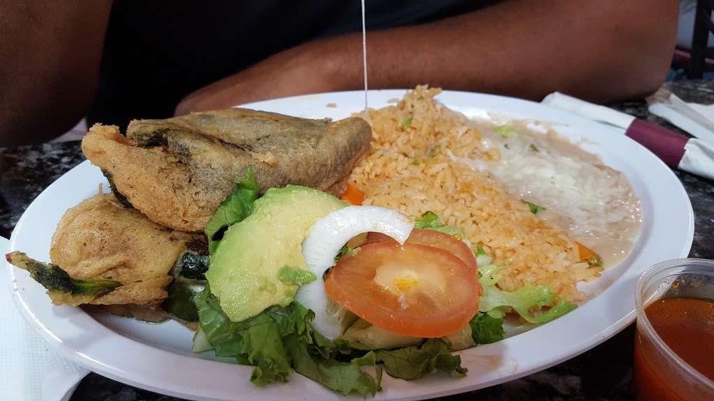 Taqueria El Torito - restaurant  | Photo 5 of 10 | Address: 1409 Central Ave, Kansas City, KS 66102, USA | Phone: (913) 233-0463
