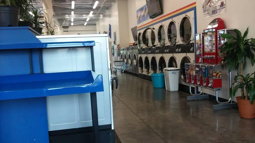 Soaps N Suds - laundry  | Photo 3 of 7 | Address: 200 W Mercury Blvd, Hampton, VA 23669, USA | Phone: (757) 722-1414