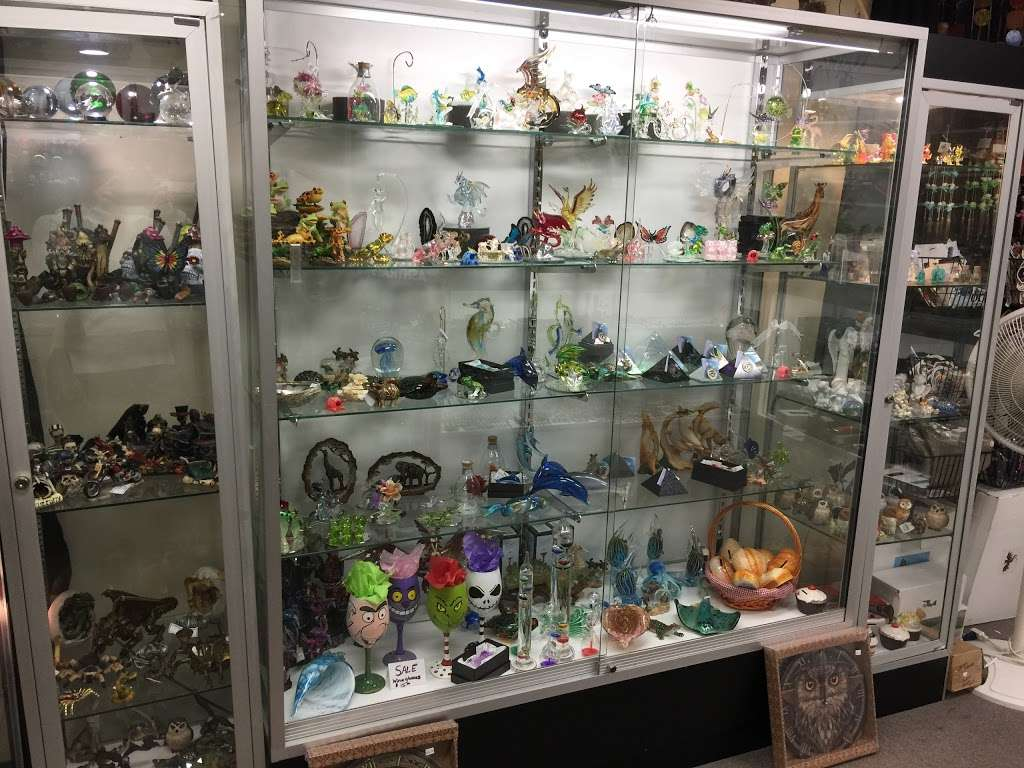 Crystal Dragon Fine Smoking Accessories & Gifts - store  | Photo 6 of 10 | Address: 3050 N Dupont Hwy # C, Dover, DE 19901, USA | Phone: (302) 730-1264